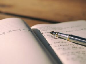Få en vurdering af dit manuskript